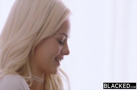Хрупкая Elsa Jean закатывает глаза от черного гиганта в писе #2