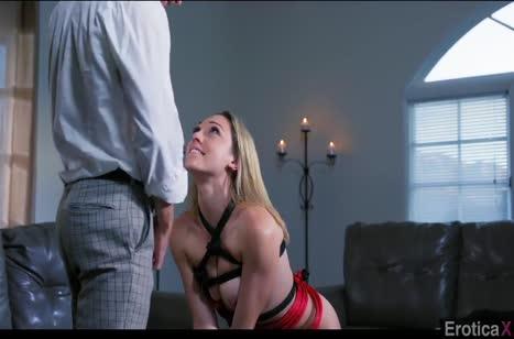 Lily Labeau любит жесткий минет и смачный секс раком