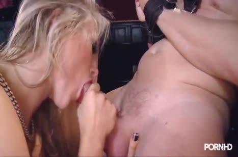 Пошлая блондинка устроила с мужем БДСМ порно #2