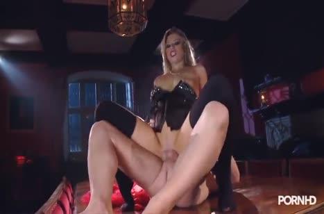 Пошлая блондинка устроила с мужем БДСМ порно #4
