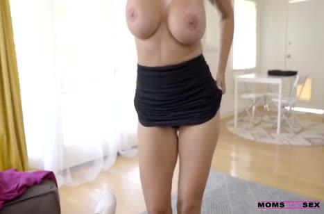 Зрелая Reagan Foxx устраивает классное порно перед камерой #4