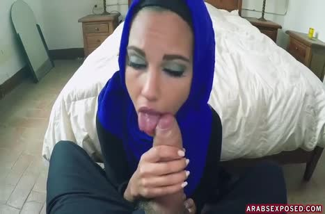 Ради денег мусульманская уборщица готова потрахаться #3