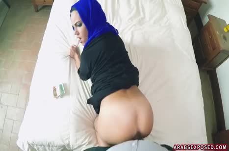Ради денег мусульманская уборщица готова потрахаться #4