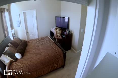 Парочка любовников попала в отеле на скрытую камеру #1