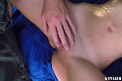 После обыска в Taylor Reed жестко засадили большой пенис #3