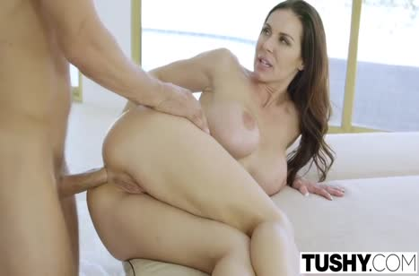Мамочка Kendra Lust с большими сиськами любит красивое порно #6