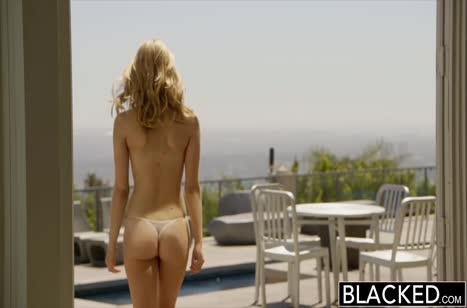 Alli Rae поплавала в бассейне и попробовала порно с негром #2