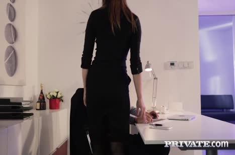 Обольстительная секретарша Barbara Bieber знает как возбудить босса #2