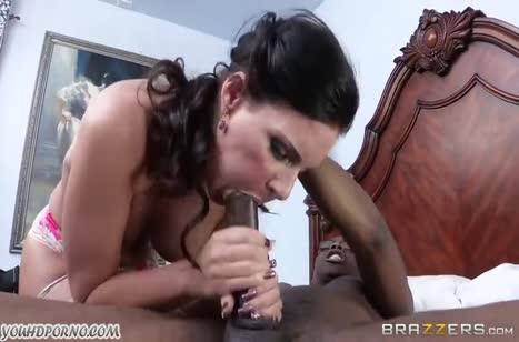 Зрелая мамочка Phoenix Marie соблазнилась на порно с негром #3
