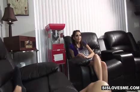 Brooke Haze жадно делает минет и широко раздвигает ноги #4
