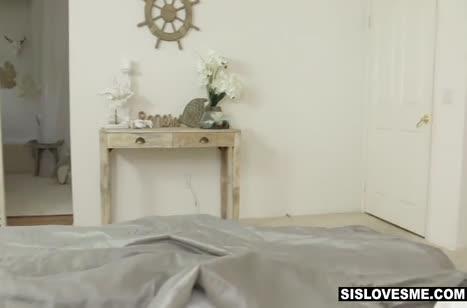 Парниша снимает с блондинкой Valvet Rain любительское порно #4