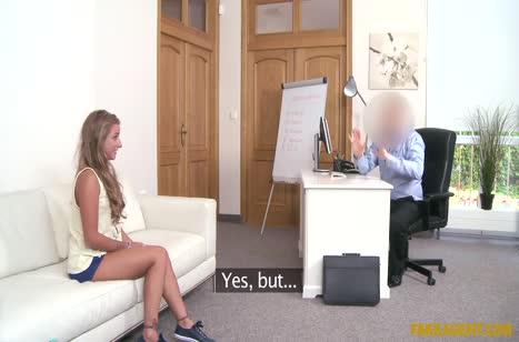 Sofi Goldfinger согласилась на секс ради новой должности #1