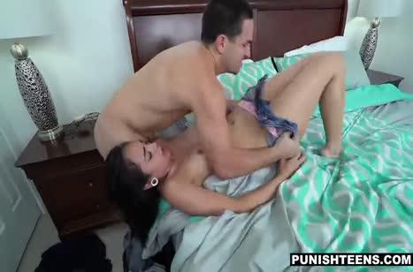 Грубый муж жестко отодрал красивую женушку Malina Mars #4