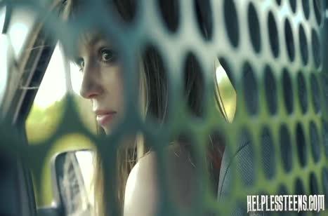 Попутчик похитил девушку и жестко оттрахал ее в кузове #2